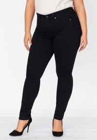 FOX FACTOR - Slim fit jeans - cosmic black - 0