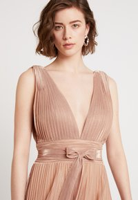Forever Unique Main Collection - IXIA - Ballkleid - rose gold - 4
