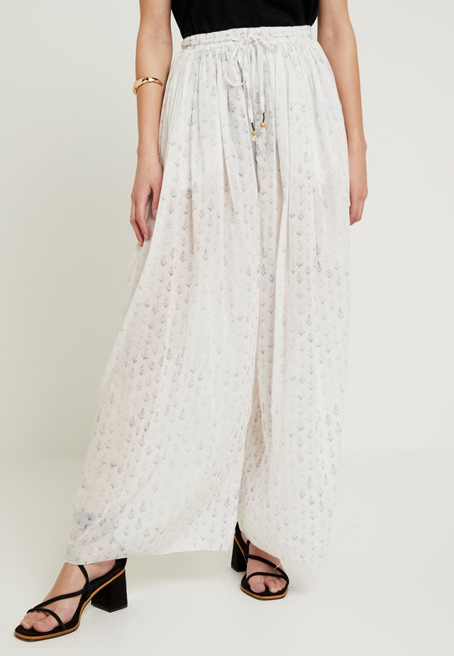 DREAM TIME PANT - Trousers - ivory