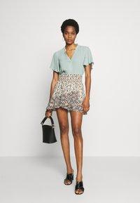 Free People - RIVIERA MINI - A-line skirt - multicolor - 1