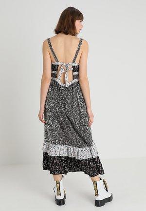 YESICA - Maxi šaty - black