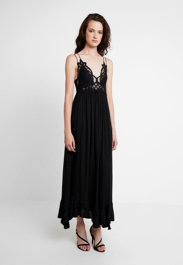 ADELLA SLIP - Maxi šaty - black