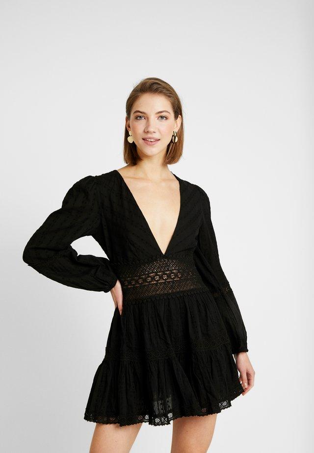 THE DELIGHTFUL MINI - Korte jurk - black