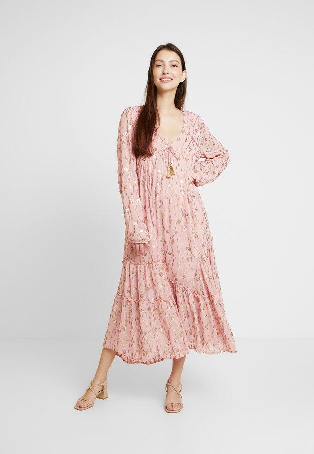 CELINA - Maxi šaty - pink
