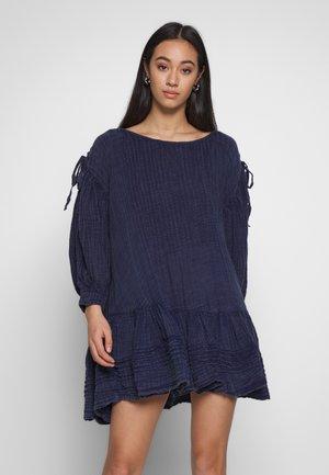 WASHED ASHORE MINI - Denní šaty - blue