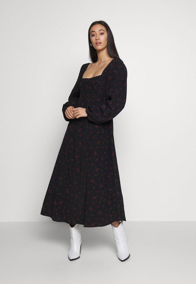 IRIS MIDI DRESS - Denní šaty - black