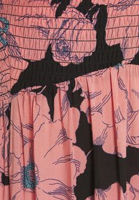 Free People - HEATWAVE PRINTED MAXI - Maxi šaty - black - 2