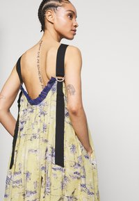 Free People - TROPICAL TOILE MAXI - Denní šaty - green - 4