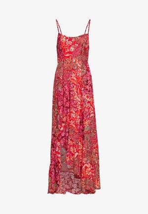 FOREVER YOURS SMOCKD SLIP - Maxi šaty - red