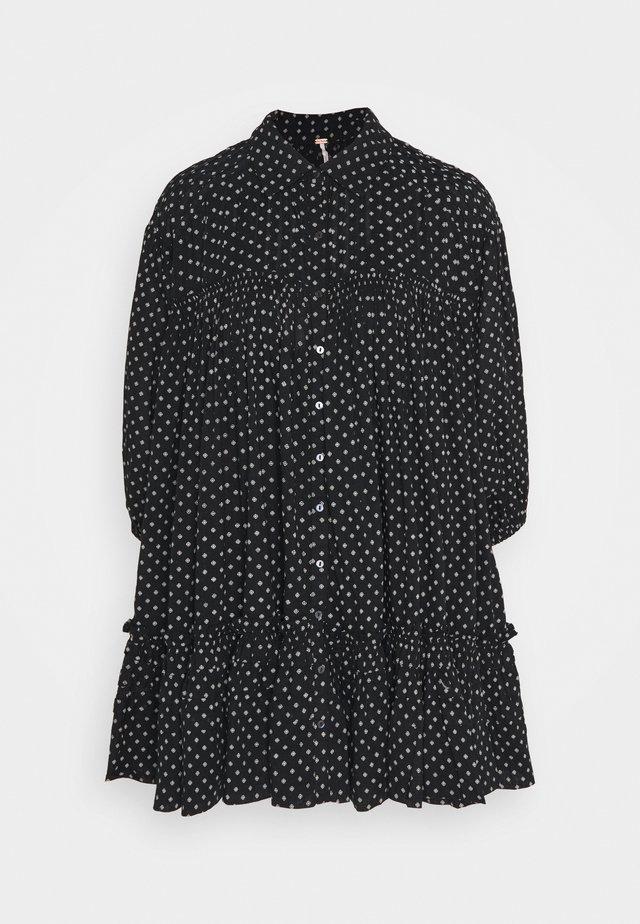 FULL SWING - Korte jurk - black