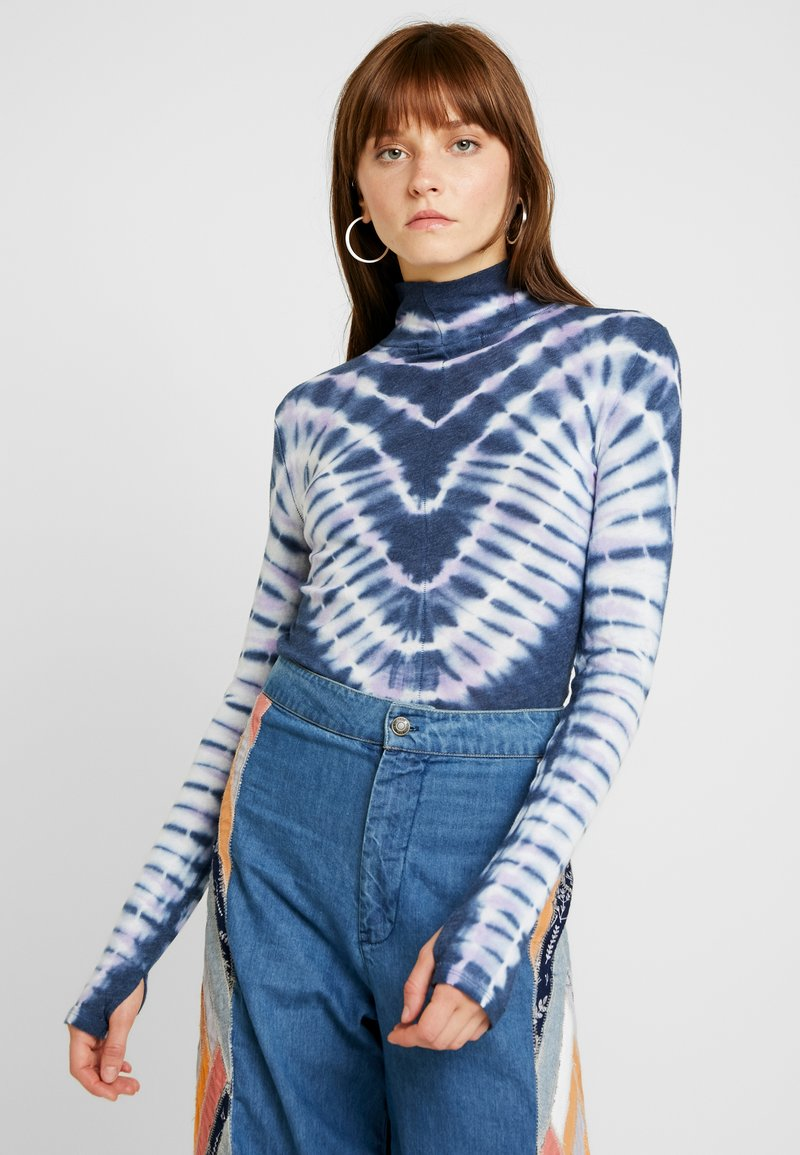 Free People - PSYCHEDELIC TURTLE - Neule - navy