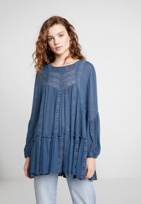 Free People - KISS KISS TUNIC - Tunique - navy - 0