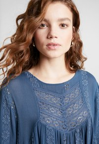 Free People - KISS KISS TUNIC - Tunique - navy - 3