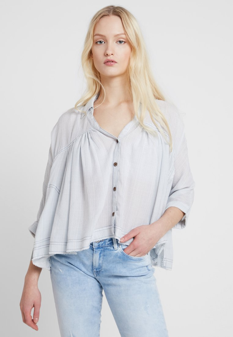 Free People - RAINBOW PICNIC BUTTON DOWN - Blouse - blue