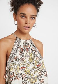 Free People - SOFIA PRINTED HALTER - Topper - ivory - 3