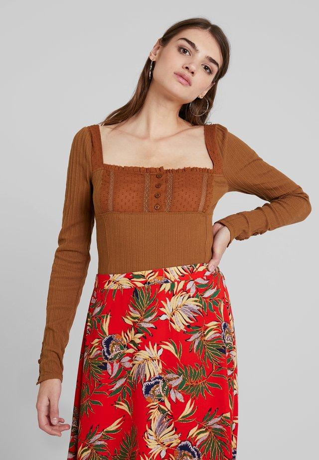 SUGAR SUGAR - Pitkähihainen paita - brown