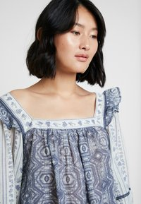 Free People - MOSTLY MEADOW BLOUSE - Blůza - ivory - 3