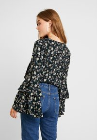 Free People - SHES DAINTY - Camicetta - black - 2