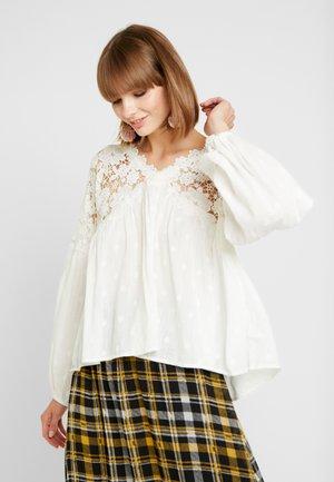 LINA  - Blouse - white