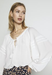 Free People - ALL TUCKS BODYSUIT - Blouse - off-white - 4