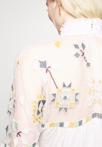 Free People - MONDAY MORNING TOP - Blůza - off-white - 5