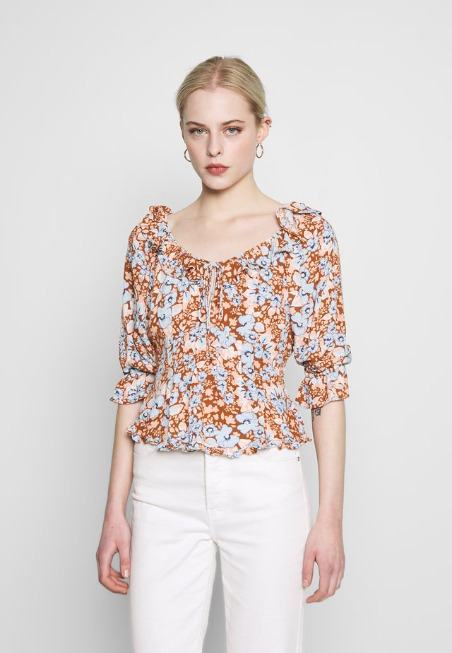 SWEET MEMORIES BLOUSE - Blůza - light blue/light brown