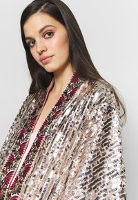 Free People - LIGHT IS COMING DUSTER - Kurtka wiosenna - silver - 3