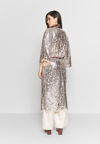 Free People - LIGHT IS COMING DUSTER - Tunn jacka - silver - 2