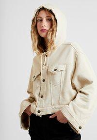 Free People - DREAMERS JACKET - veste en sweat zippée - beige - 5