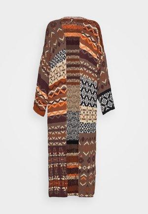 LANDMARK CARDI - Vest - light brown