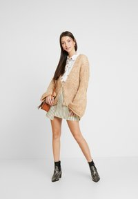 Free People - HOME TOWN CARDI - Cardigan - neutral combo - 1