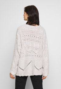 Free People - AGAINST THE TIDE SWEATER - Sweter - white - 2
