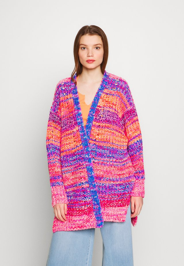 DREAMING AGAIN - Cardigan - pink