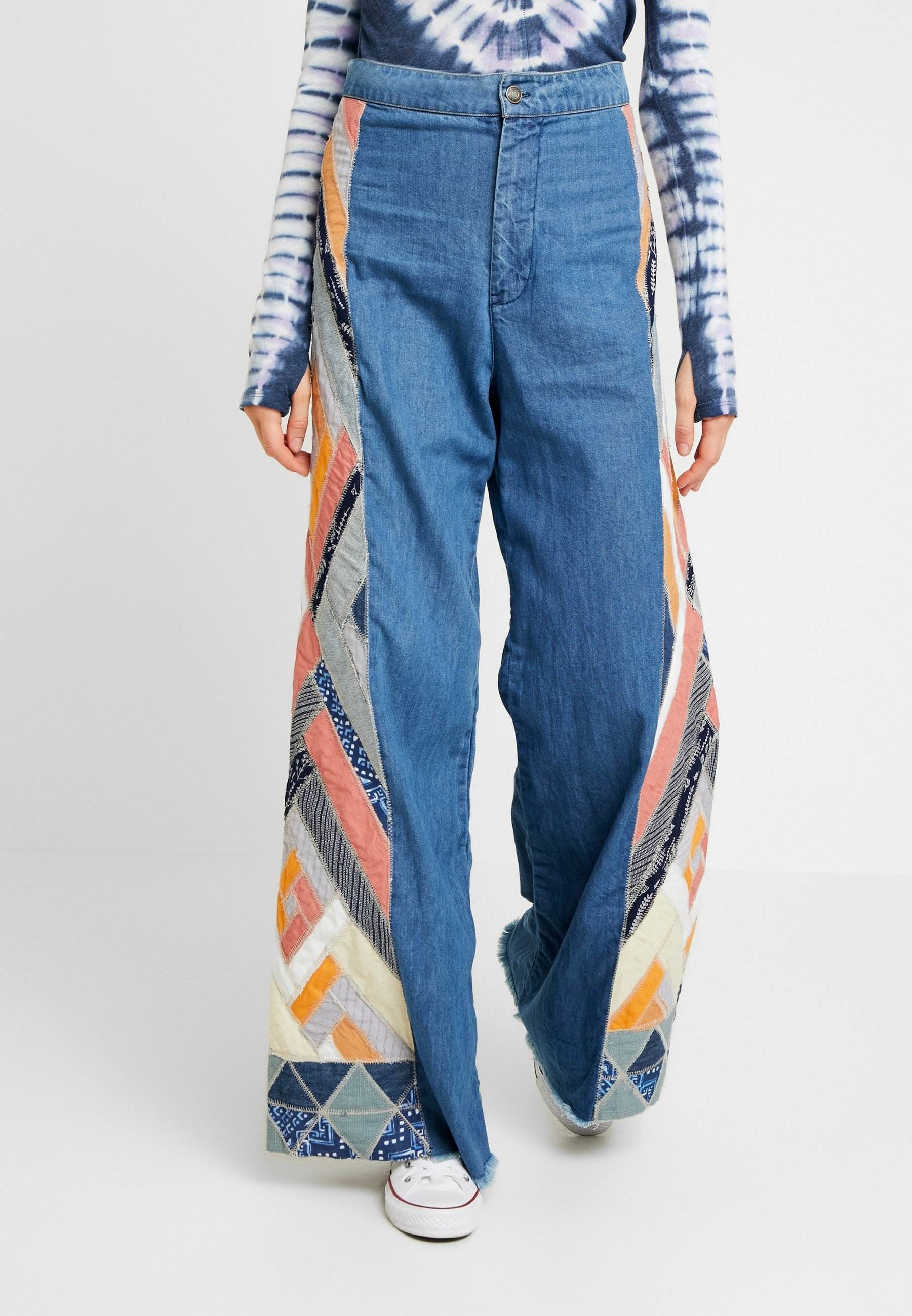 By Side Free People Stick Your PatcheJean Navy Flare mN80Ovnw