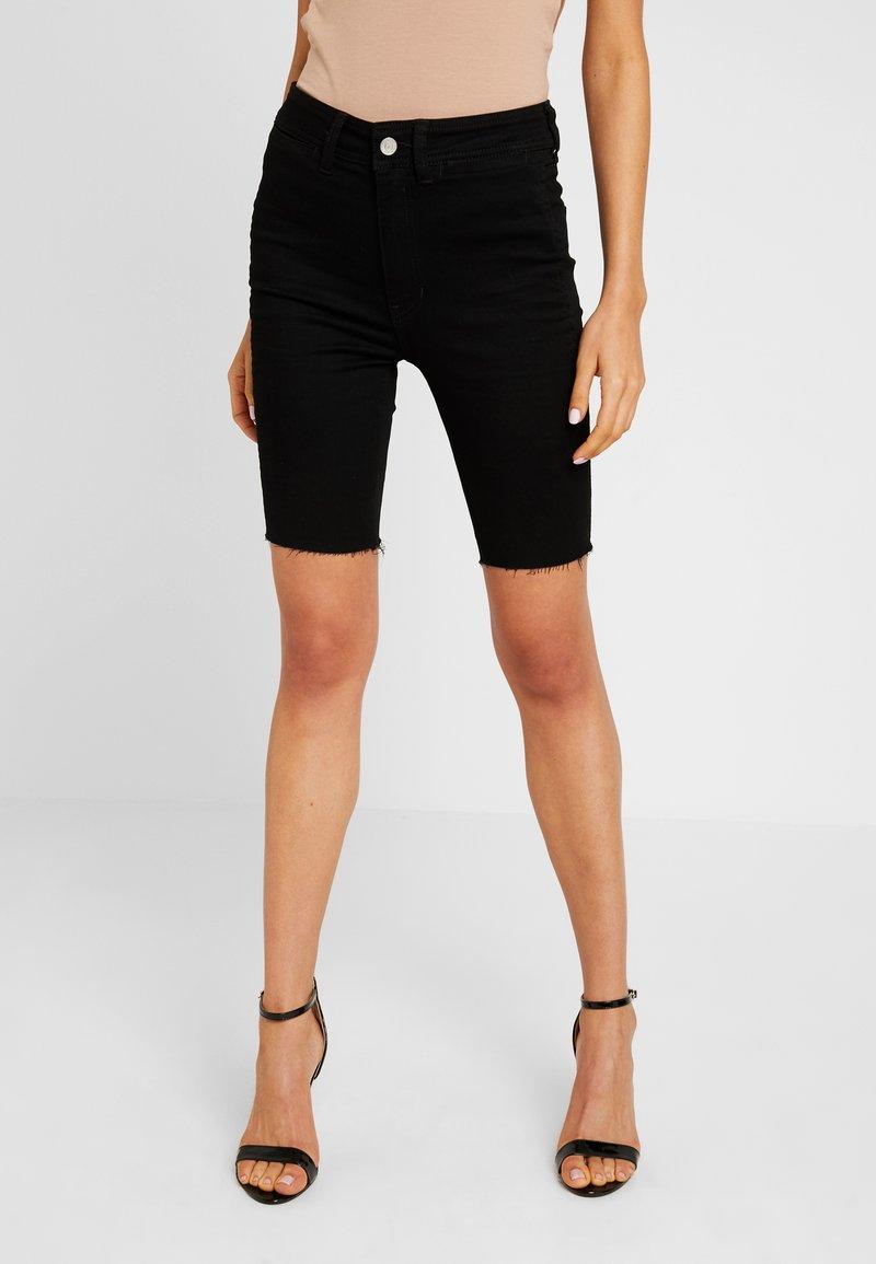 Free People - SO CHIC BIKER SHORT - Jeans Shorts - black