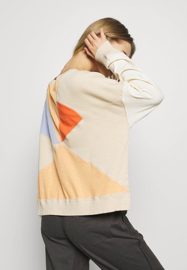 DAYDREAMER LONG SLEEVE - Sweter - neutral