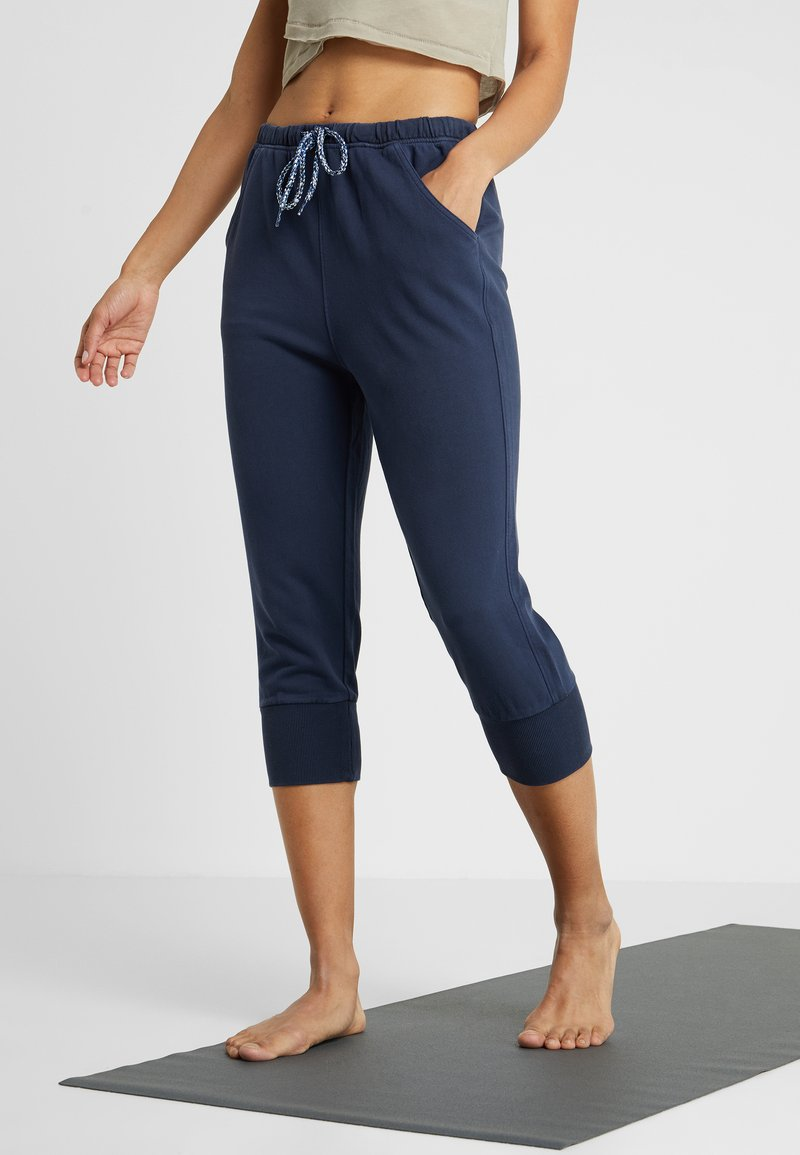 Free People - COUNTERPUNCH CROPPED JOGGER - Tracksuit bottoms - navy