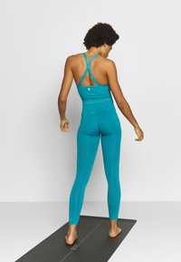 Free People - GOOD KARMA LEGGING - Tights - turquoise - 2