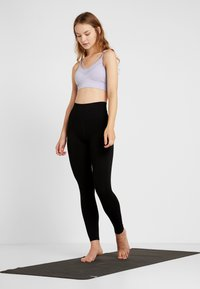 Free People - GOOD KARMA LEGGING - Legginsy - black - 1