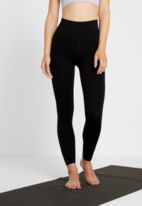 Free People - GOOD KARMA LEGGING - Legginsy - black - 0