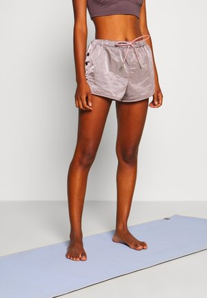 OPAL SHORTY SHORT - Korte broeken - rose