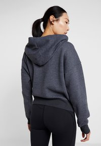 Free People - FP MOVEMENT BELIEVE IT SWEAT - Mikina s kapucí - black - 2
