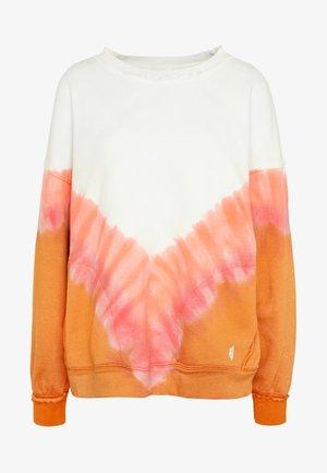 OMBRE METTI CREW - Sweatshirt - coral