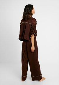 Free People - SHINE TIME SLEEP SET - Pyjamas - brown - 2