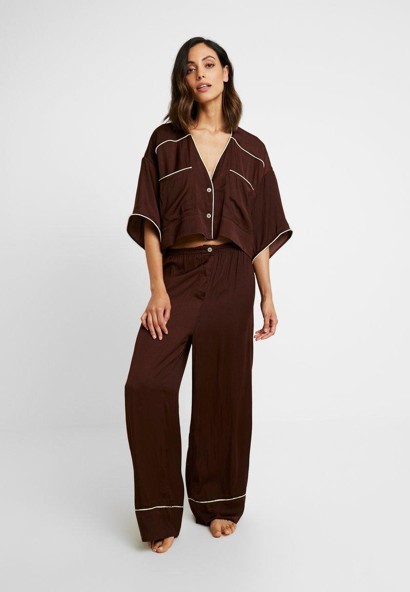Free People - SHINE TIME SLEEP SET - Pyjamas - brown