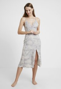 Free People - CHASING SHADOWS SLIP - Nachthemd - grey - 0