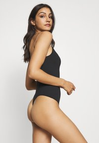 Free People - STRAPPY BASIQUE - Body - black - 2
