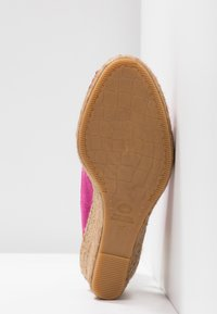 Fred de la Bretoniere - Korkeakorkoiset sandaalit - fuchsia rose - 6