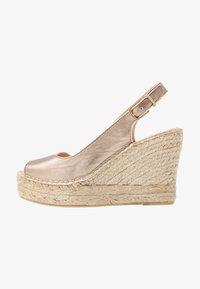 Fred de la Bretoniere - High heeled sandals - light gold - 1
