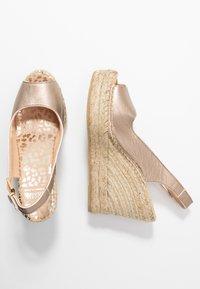 Fred de la Bretoniere - High heeled sandals - light gold - 3